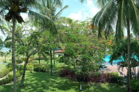 Holiday Villa Beach Resort Snídaně