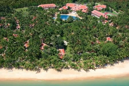 Santiburi Beach Resort Golf & Spa - U moře
