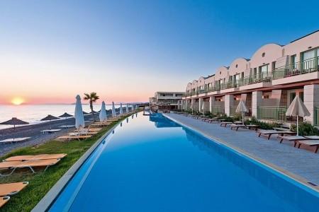 Giannoulis Grand Bay Beach Resort