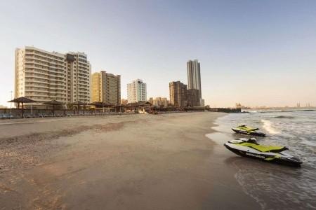 Ramada By Wyndham Beach - Ajman v únoru - Spojené arabské emiráty