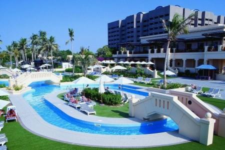 Intercontinental Muscat - Omán v srpnu