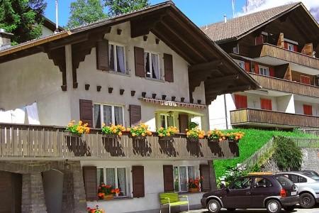 Strassscheuer - Švýcarsko na jaře
