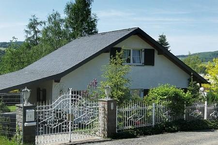 Haus Schwallenberg - Německo v únoru - slevy