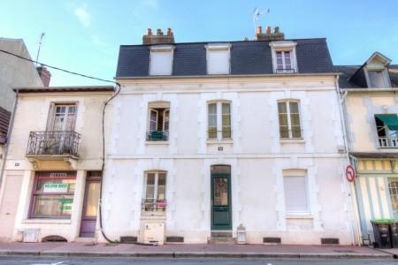 Mirabeau - Normandie - Francie