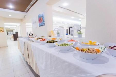 Taliansko Sardínia / Sardegna Clubviaggi Santo Stefano Resort 8 dňový pobyt All Inclusive Letecky Letisko: Bratislava júl 2021 (17/07/21-24/07/21)