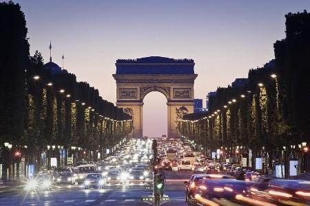 To nejlepší z Paříže + VERSAILLES (letecky z Ostravy – Krako - v květnu