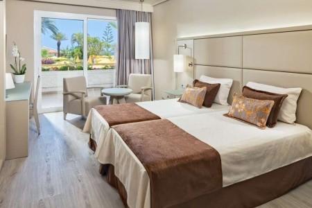 Kanárske ostrovy Tenerife Arona Gran 8 dňový pobyt Polpenzia Letecky Letisko: Viedeň január 2022 (20/01/22-27/01/22)