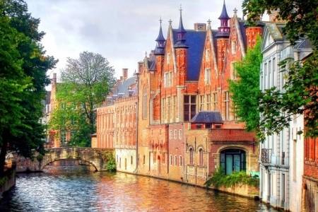 Putování po Belgii a Holandsku Snídaně