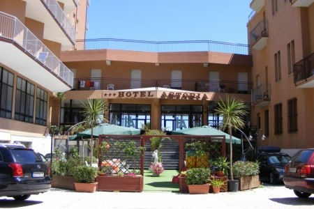 Hotel Astoria Beach*** - Pesaro