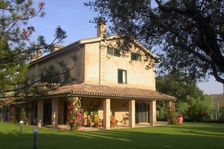 Villa Argia (Montelupone)