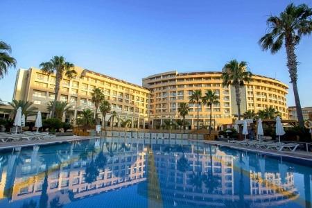 Fame Residence Lara & Spa - Antalya na podzim - Turecko