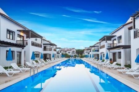 Fun&sun River Resort