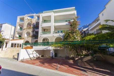 Ana Apartmanház