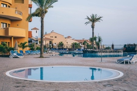 Kanárske ostrovy Tenerife Grand Muthu Golf Plaza (San Miguel) 8 dňový pobyt Polpenzia Letecky Letisko: Viedeň október 2021 ( 5/10/21-12/10/21)