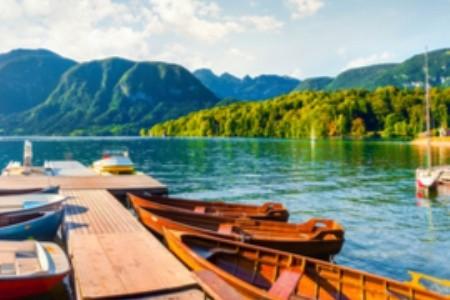 Vízparti nyaralás: Fedezd fel Európa 8 titokzatos tavát