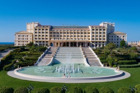 Titanic Mardan Palace - Antalya na podzim - Turecko