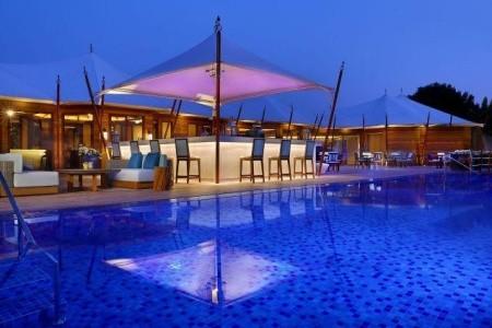 The Ritz Carlton - Spojené arabské emiráty - od Invia