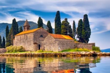 Černá Hora: Starověká města v objetí skal a svěží přírody