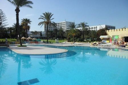 Jaz Tour Khalef - U moře