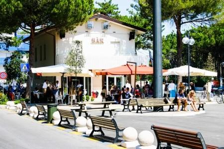 Bella Italia A Efa Village