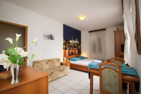 Aparthotel Palac
