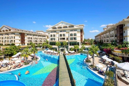 Crystal Palace Luxury Resort & Spa - First Minute