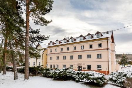25605342 - Jižní Morava na 7 dní s polopenzí za 8484 Kč - letní dovolená v České republice