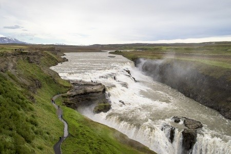 SEDM DIVŮ ISLANDU LETECKY