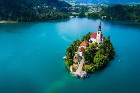 Pestré barvy Slovinska, okolí Triglavu a Bledu - v červenci