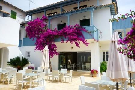 Agios Nikitas - Řecko v září