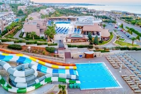 Hotel Grand Hotel Holiday Resort