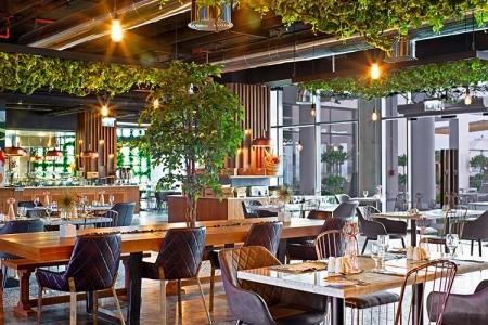 Spojené arabské emiráty Dubaj C Central Resort The Palm 9 dňový pobyt Polpenzia Letecky Letisko: Praha október 2021 (21/10/21-29/10/21)