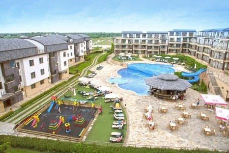 Hotel Topola Skies Resort And Aquapark, Hotel Azalia