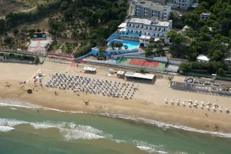 Hotel Baia Santa Barbara*** - Rodi Garganico
