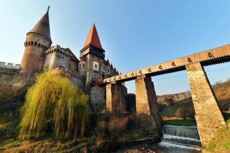 Rumunsko - Transylvánie, sídla Draculy i Ceausescu Bez stravy