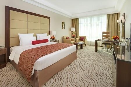 Spojené arabské emiráty Dubaj Park Regis Kris Kin Hotel 8 dňový pobyt Polpenzia Letecky Letisko: Praha september 2021 (29/09/21- 6/10/21)