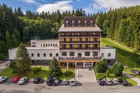 28814625 - Jižní Morava na 7 dní s polopenzí za 8484 Kč - letní dovolená v České republice