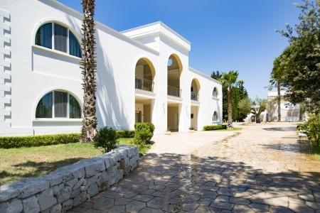 Dolmen Sport Resort (Minervino Di Lecce) - Puglia 2021   Dovolená Puglia 2021