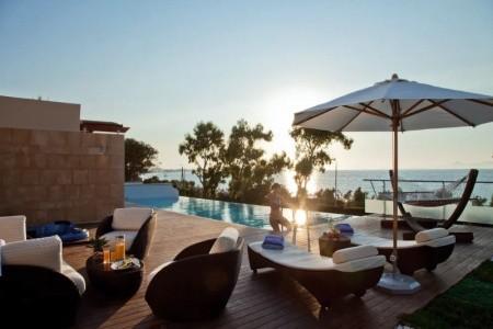 Rhodes Bay & Elite Suites