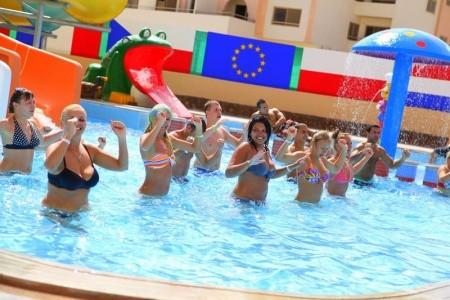 Egypt Hurghada King Tut Resort 8 dňový pobyt All Inclusive Letecky Letisko: Bratislava august 2021 (20/08/21-27/08/21)