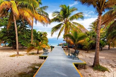 Relax na plážích Kuby + JÍZDA VETERÁNY HAVANOU + SEAFARI CAYO BLANCO (letecky z