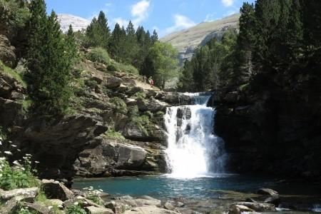 Rozmanité Národní Parky Pyrenejí - Pyreneje - Francie