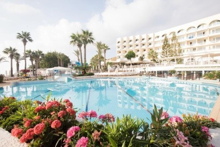 Golden Coast Beach Hotel - First Minute