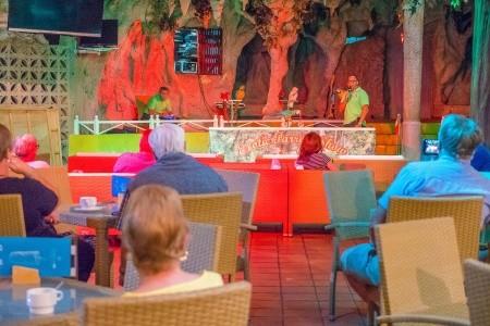 Kanárske ostrovy Tenerife Checkin Bungalows Atlántida 8 dňový pobyt Polpenzia Letecky Letisko: Viedeň august 2021 (26/08/21- 2/09/21)