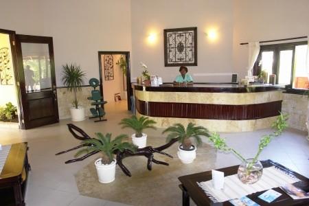 Dominikánska republika Punta Cana Arena Blanca Vik Hotel 9 dňový pobyt All Inclusive Letecky Letisko: Praha október 2021 ( 9/10/21-17/10/21)