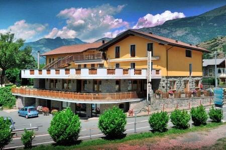 Castello - Valle d`Aosta 2021/2022   Dovolená Valle d`Aosta 2021/2022