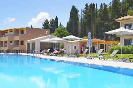 Phaedra Suites - Řecko v létě