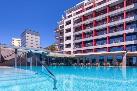 Four Views Monumental - Hotel