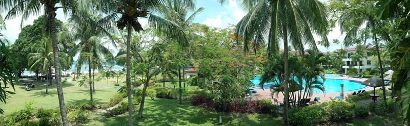 Holiday Villa Beach Resort