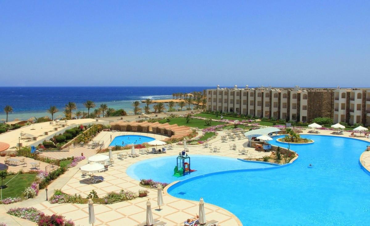 Royal Brayka Beach Resort